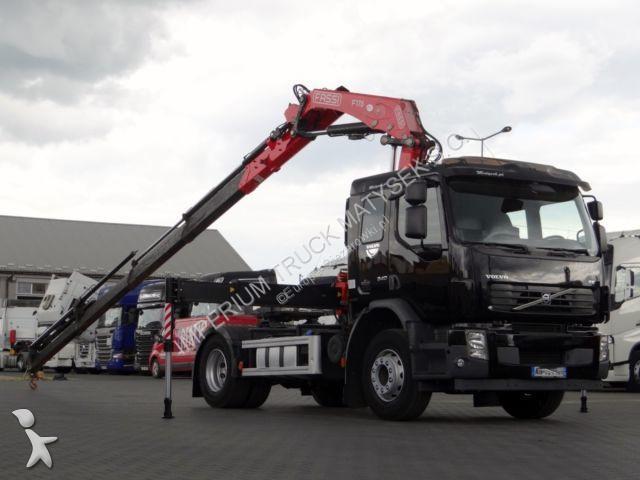 Ciągnik siodłowy Volvo -  340 / MANUAL / HDS FASSI F175 / MAŁO UŻYWANY