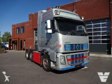 trattore Volvo FH16
