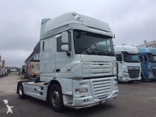 trattore DAF XF 105.460 FT