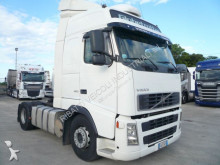 used Volvo FH standard tractor unit 460 Diesel Euro 3 - n°2777133 - Picture 1
