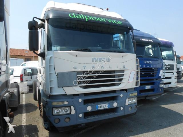 Iveco 440S48 tractor unit