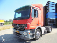 trattore Mercedes Actros 1832