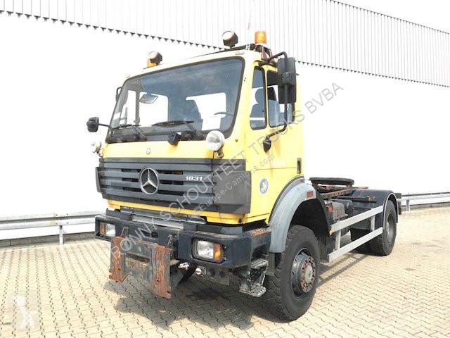 Mercedes 1831 AK 4x4  1831 AK 4x4 Tempomat tractor unit