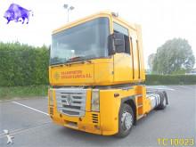Renault Magnum 400 tractor unit