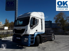 View images Iveco AT440S46T/P HR aut int EEV tractor unit
