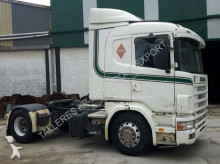 Scania 124-400 tractor unit