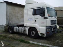 tracteur MAN 18.390