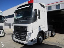 tweedehands trekker Volvo standaard FH13 500 4x2 Euro 6 - n°2880852 - Foto 1