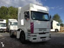 Renault Premium 420 tractor unit