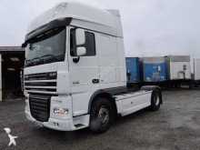 used DAF XF105 standard tractor unit 4x2 Euro 5 - n°2911766 - Picture 1