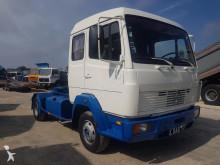 tracteur Mercedes 817