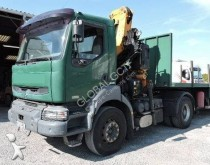Renault Kerax 370 tractor unit