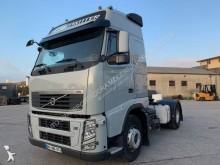 tractor transporte excepcional Volvo