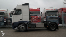 trekker gevaarlijke stoffen / vervoer gevaarlijke stoffen Volvo