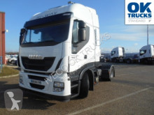 tracteur Iveco Stralis AS440S46T/P (Euro5 Klima Luftfed. ZV)