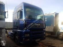 tracteur MAN TGA18.410