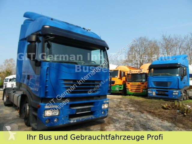 Iveco Stralis AS440S42 Mega Lowliner tractor unit