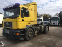 trattore MAN T32