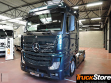 tractor transporte excepcional Mercedes