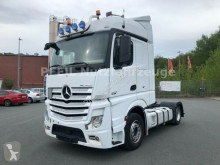 tahač nadměrný náklad Mercedes