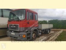 trattore MAN M32