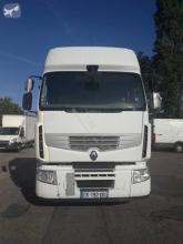 Renault Premium 440