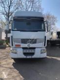 tractor Renault