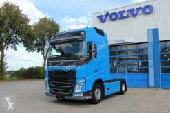 Volvo FH500 Globetrotter XL/I-ParkCool/Laneass/Euro6 Sattelzugmaschine