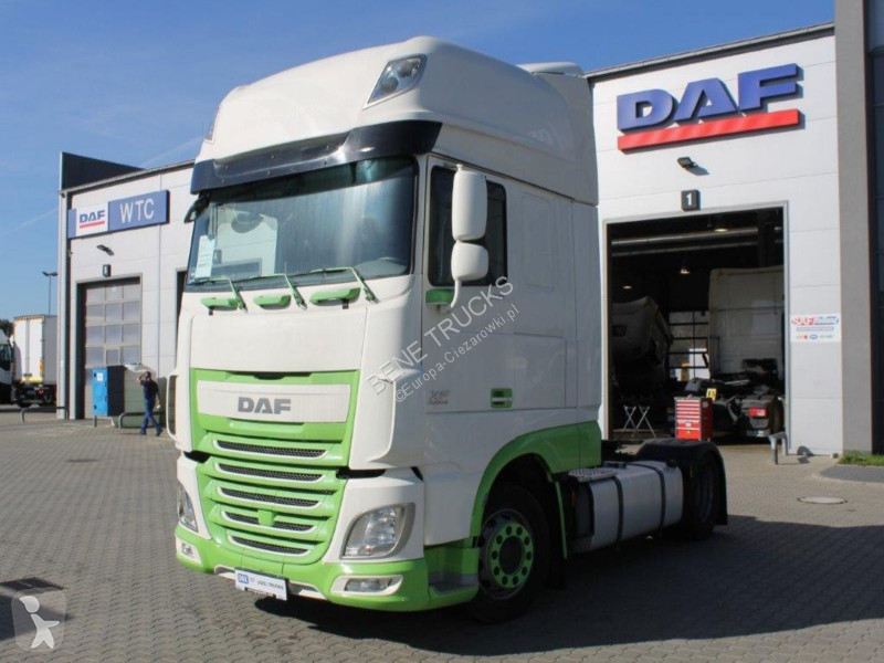 Voir les photos Tracteur DAF FT