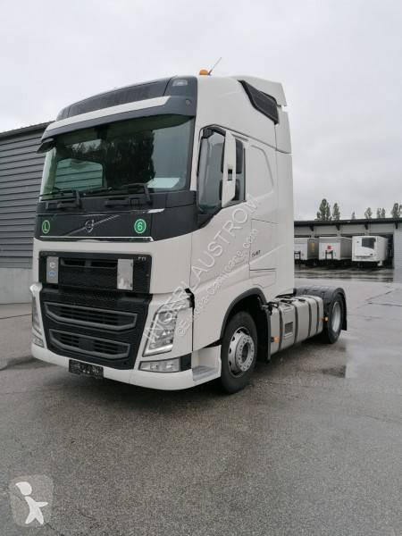 Vedeţi fotografiile Cap tractor Volvo FH13 540
