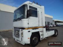 Renault Trucks tractor unit