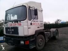 tracteur MAN 19.322