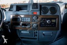 Просмотреть фотографии Тягач Renault T520 High Sleeper Cab / Leasing