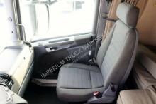 Voir les photos Tracteur Scania R 420 / RETARDER/MANUAL/TIPPER HYDRAULIC SYSTEM/