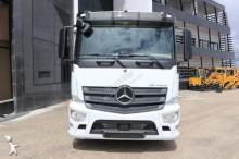 Ver as fotos Tractor Mercedes