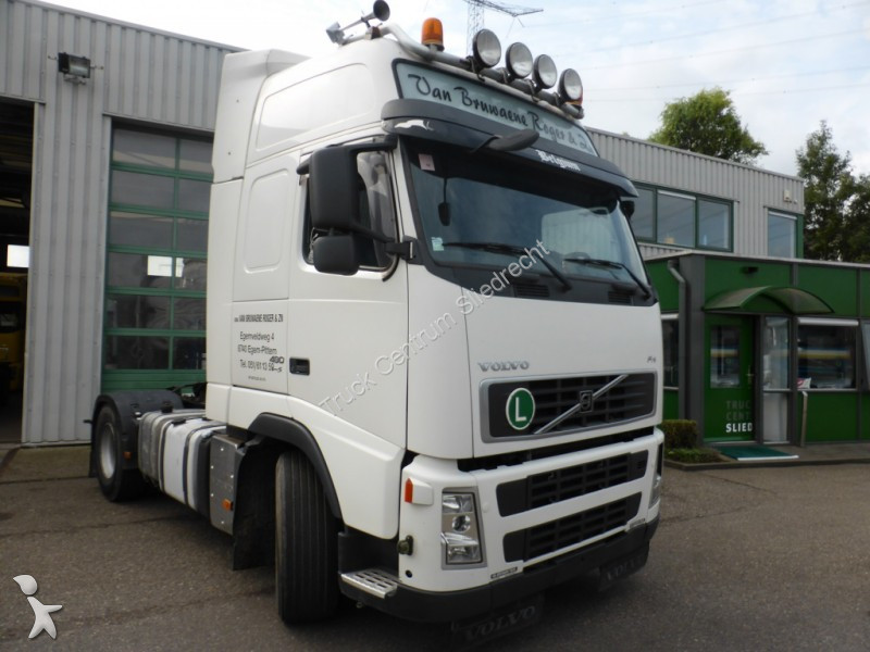 used volvo fh standard tractor unit 480 4x2 diesel euro 5 n 2219164. Black Bedroom Furniture Sets. Home Design Ideas