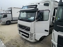 used Volvo FH13 standard tractor unit 460 4x2 Euro 5 - n°2661692 - Picture 2