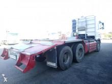 Voir les photos Tracteur Volvo 520 6x4