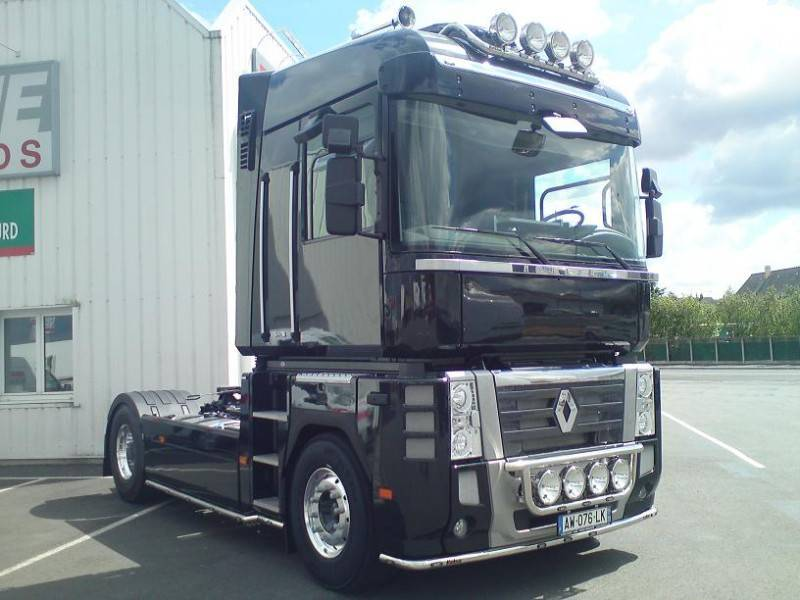 tracteur renault standard magnum 520 4x2 gazoil euro 5 occasion n 303848. Black Bedroom Furniture Sets. Home Design Ideas