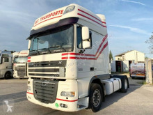 Voir les photos Tracteur DAF SUPER SPACE CAB XF105.460 - EEV - Retarder -