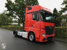 Voir les photos Tracteur Mercedes ACTROS 1842 GigaSpace/Retarder / LowLiner L88026