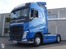 Prohlédnout fotografie Tahač Volvo
