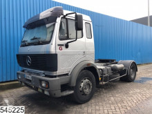 Bekijk foto's Trekker Mercedes 1733 Manual, Hub reduction