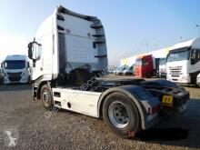 Voir les photos Tracteur Iveco 500
