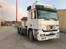 used Mercedes Actros exceptional transport tractor unit 3353 6x4 Euro 3 - n°2510496 - Picture 3