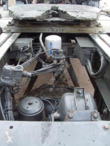 View images Mercedes 2041 tractor unit