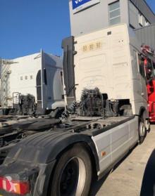 Zobaczyć zdjęcia Ciągnik siodłowy Volvo FH500