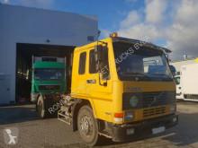 Zobaczyć zdjęcia Ciągnik siodłowy Volvo FL 10-360