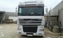 used DAF XF exceptional transport tractor unit 430 4x2 Euro 2 - n°2729755 - Picture 4