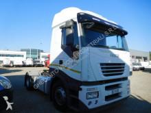 Voir les photos Tracteur Iveco 480